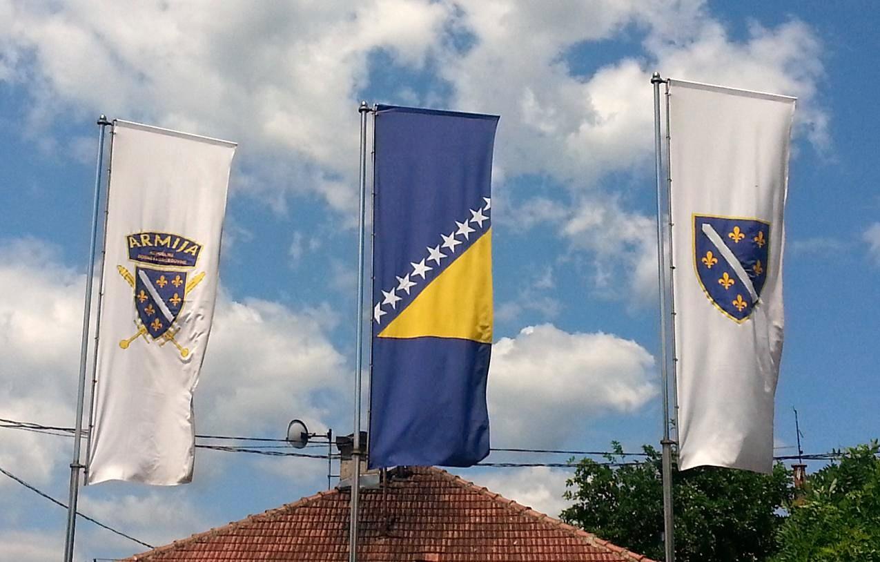 Bosnian_flags_in_Sarajevo.jpg