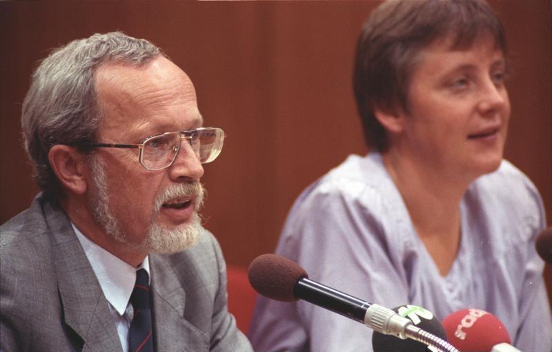 merkel and lothar de maizire 1990 - Ulrich Merkel Lebenslauf