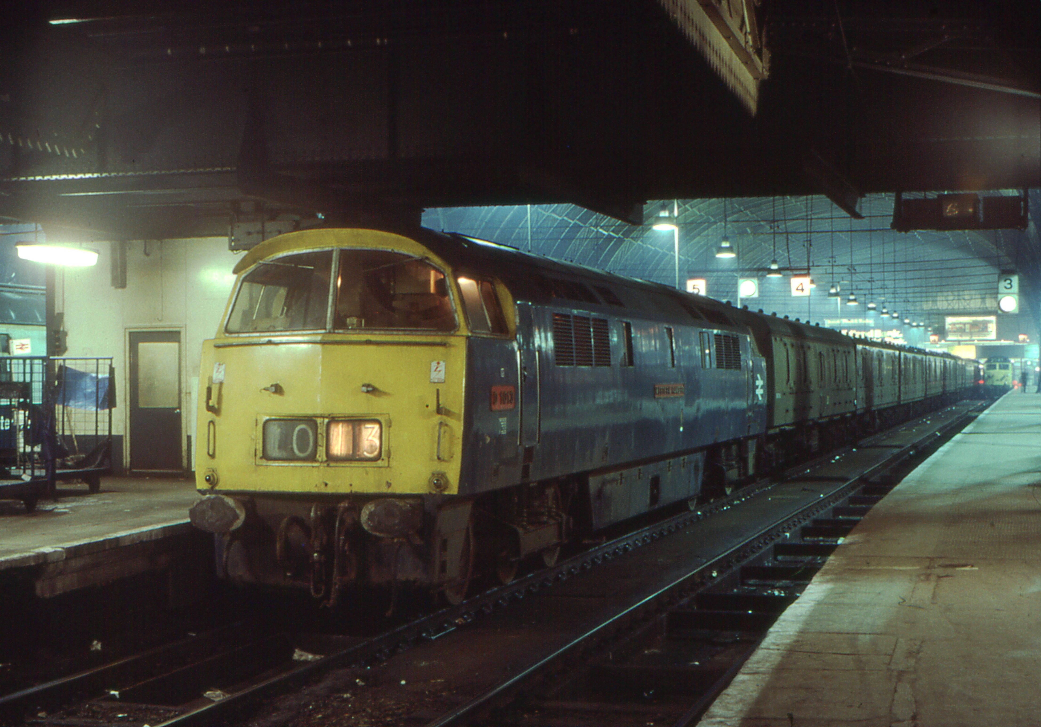Paddington 2 >> File:Class 52 D1013 Western Ranger, Paddington, 1976.jpg ...