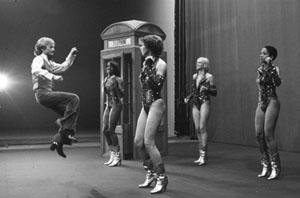 File:Claude François (1976) by Erling Mandelmann - 3.jpg