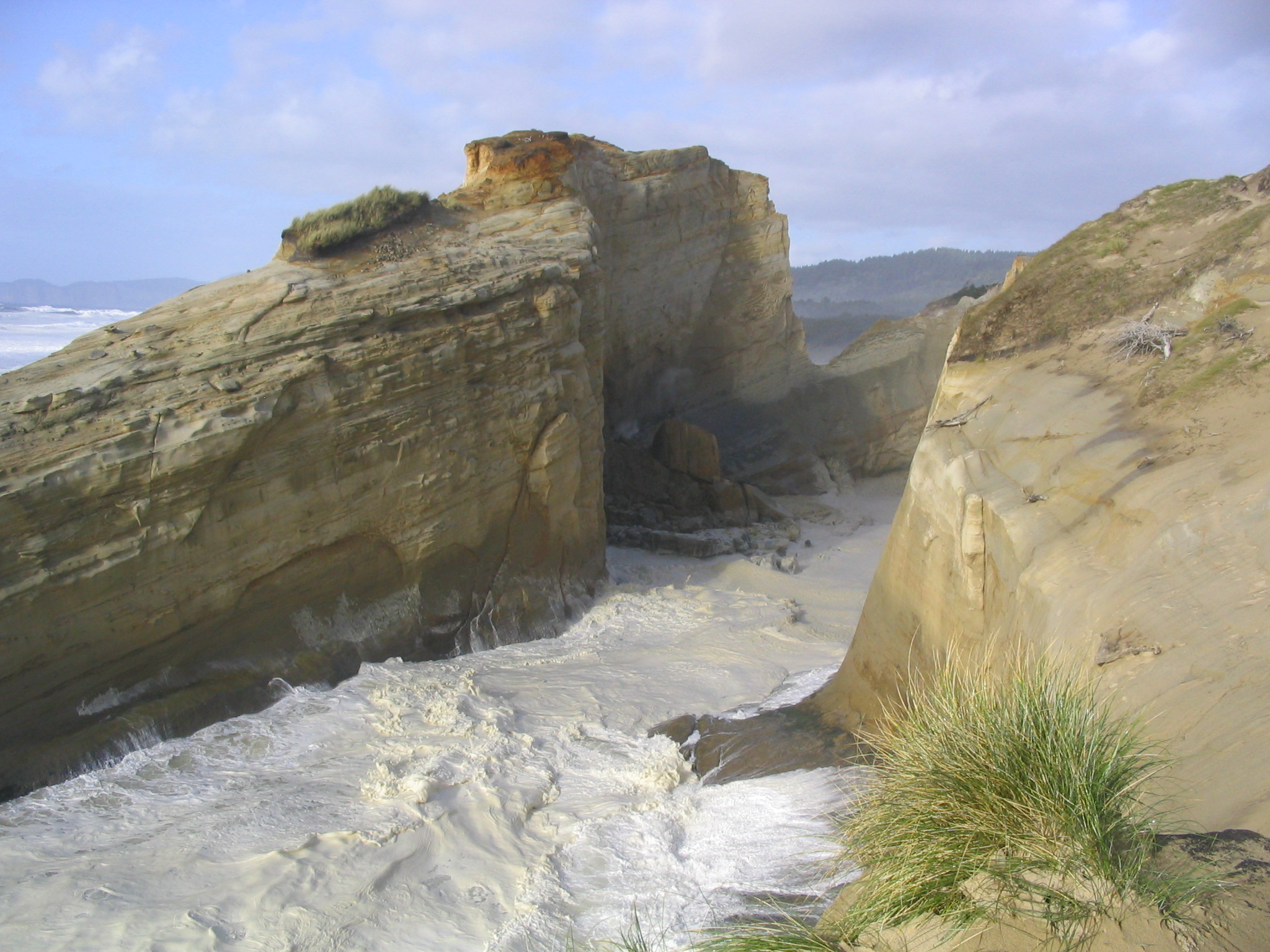 neskowin online dating This is a list of oregon shipwrecks and sinkings the location is the nearest  modern community  name, date, vessel type, location, notes  gerald c 10  may 1907, gas screw, pacific city, wrecked on the north spit at the entrance to.