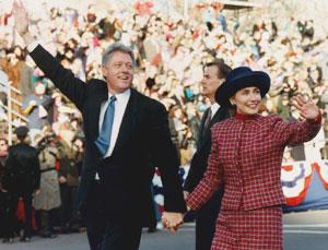 Bill Clinton e sua moglie all'inaugurazione