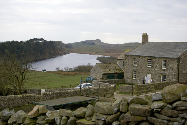 File:Crag Lough and farm at Hotbank - geograph.org.uk - 405013.jpg