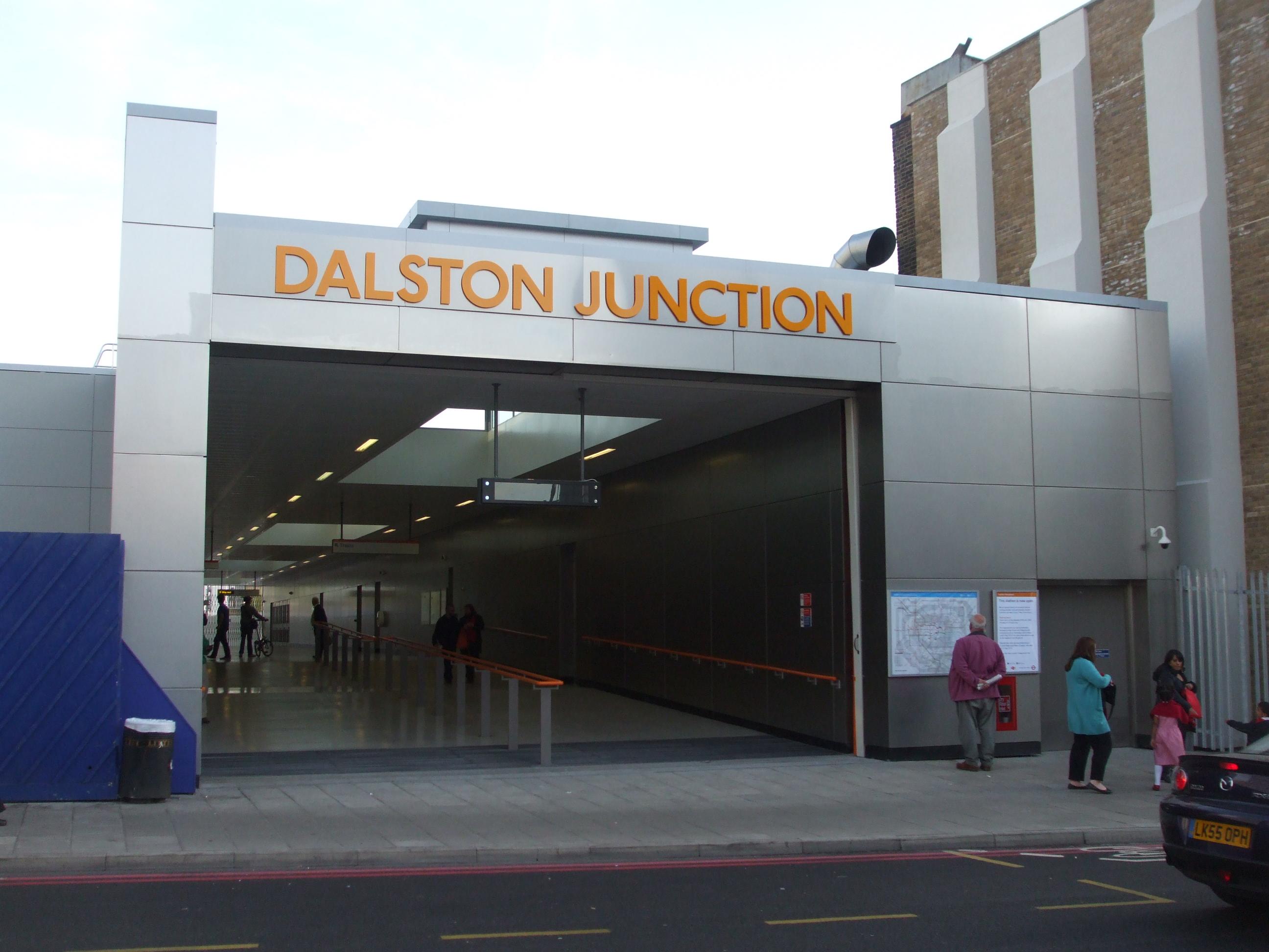 Kết quả hình ảnh cho Dalston Junction