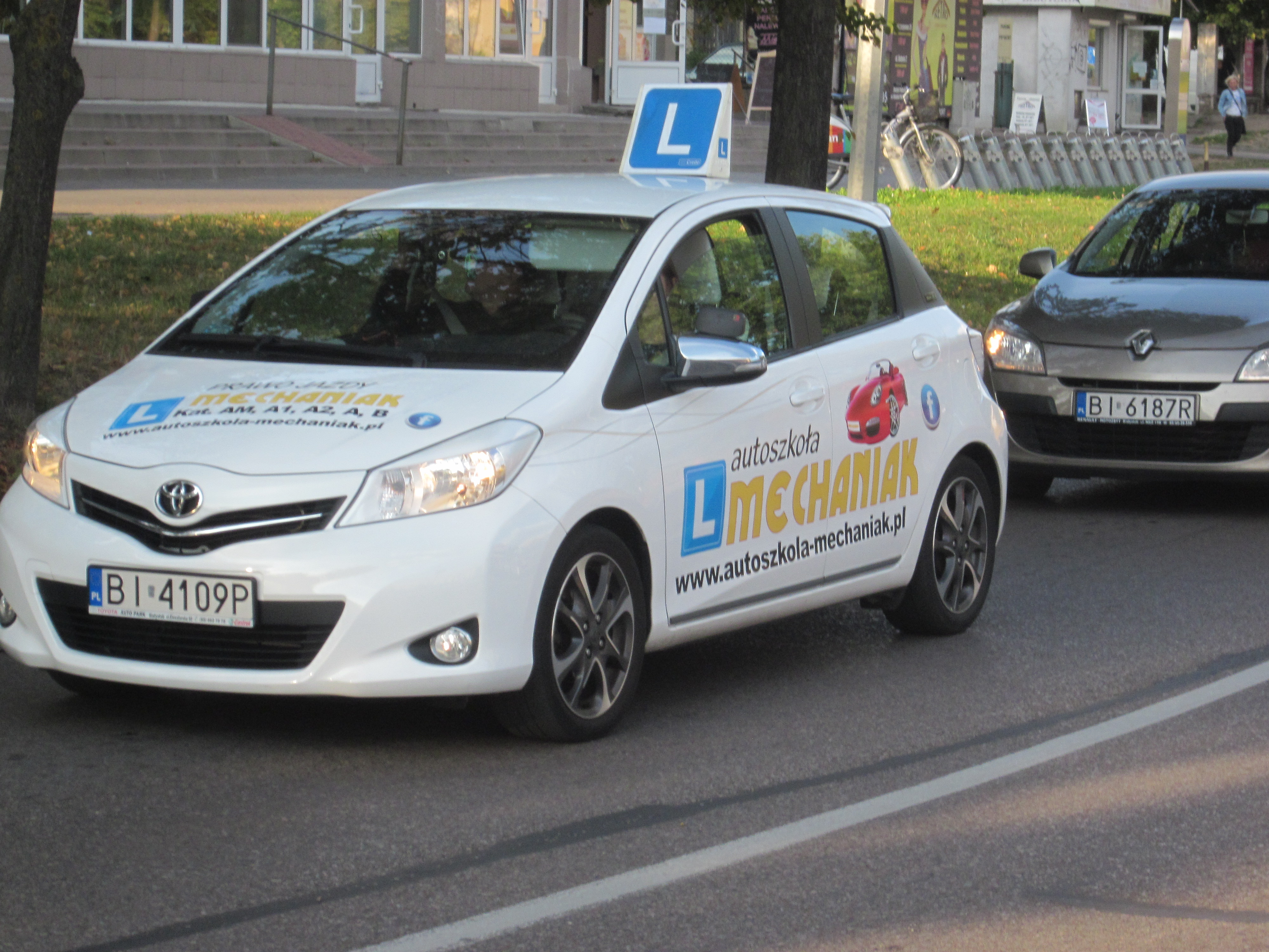 how to choose a good driving instructor