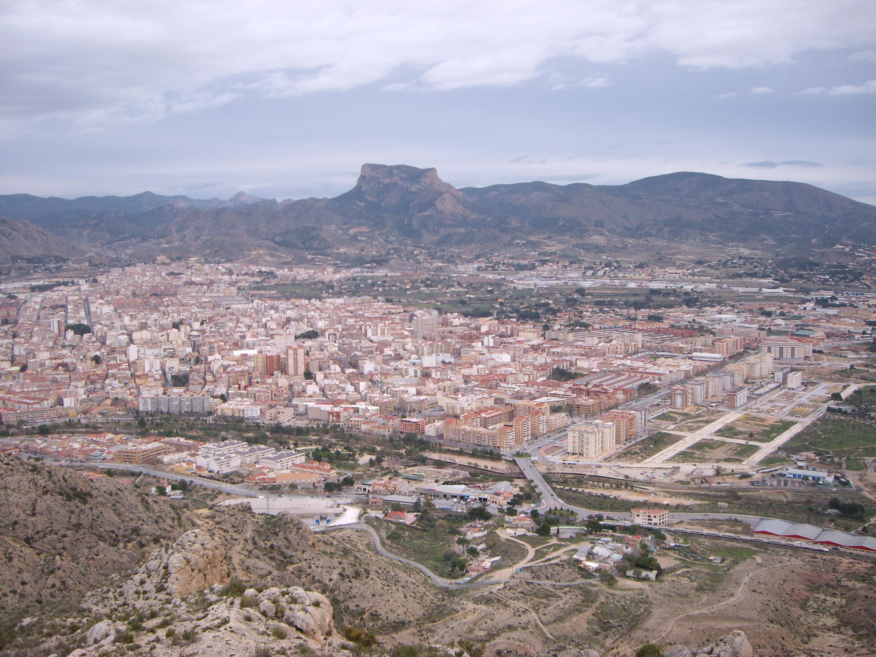 Vista de Elda-Petrel