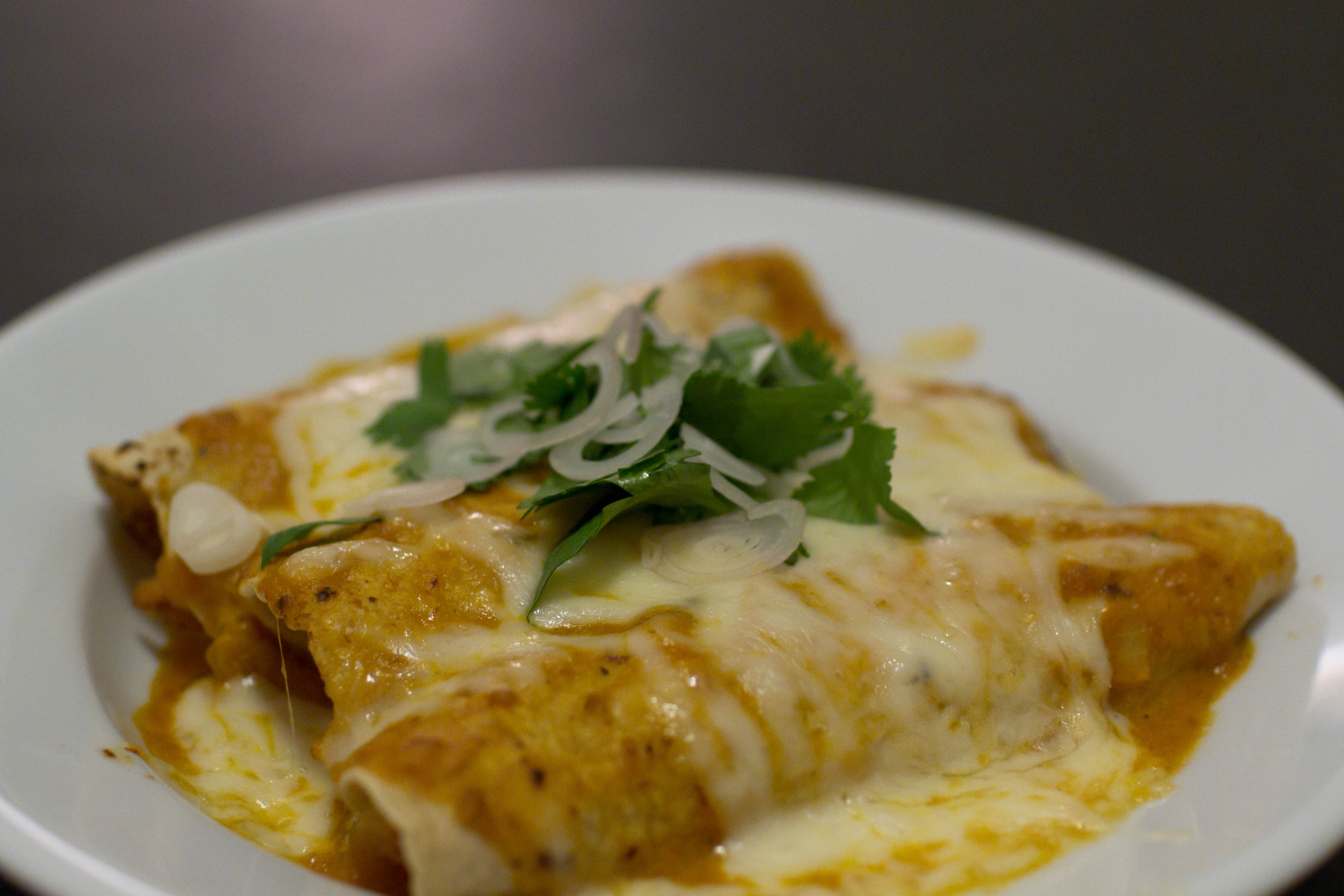 File:Enchiladas suizas.jpg - Wikipedia, the free encyclopedia