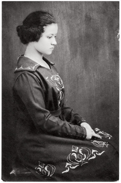 Image of Florestine Perrault Collins from Wikidata