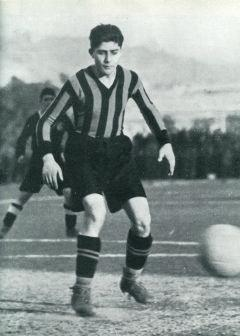 Archivo:Giuseppe Meazza 1927.jpg - Wikipedia, la enciclopedia libre