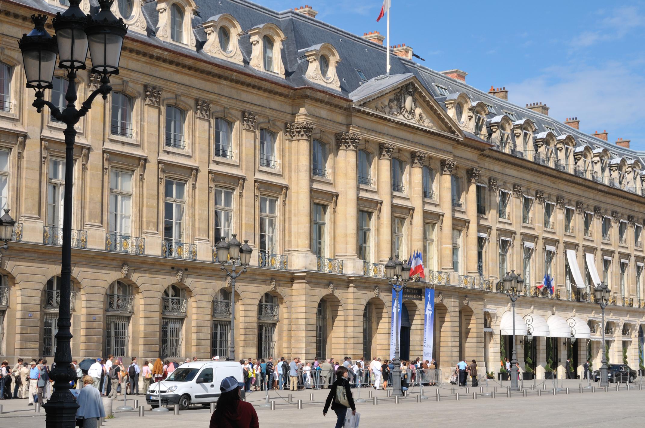 Hotel De La Poste Beaune France