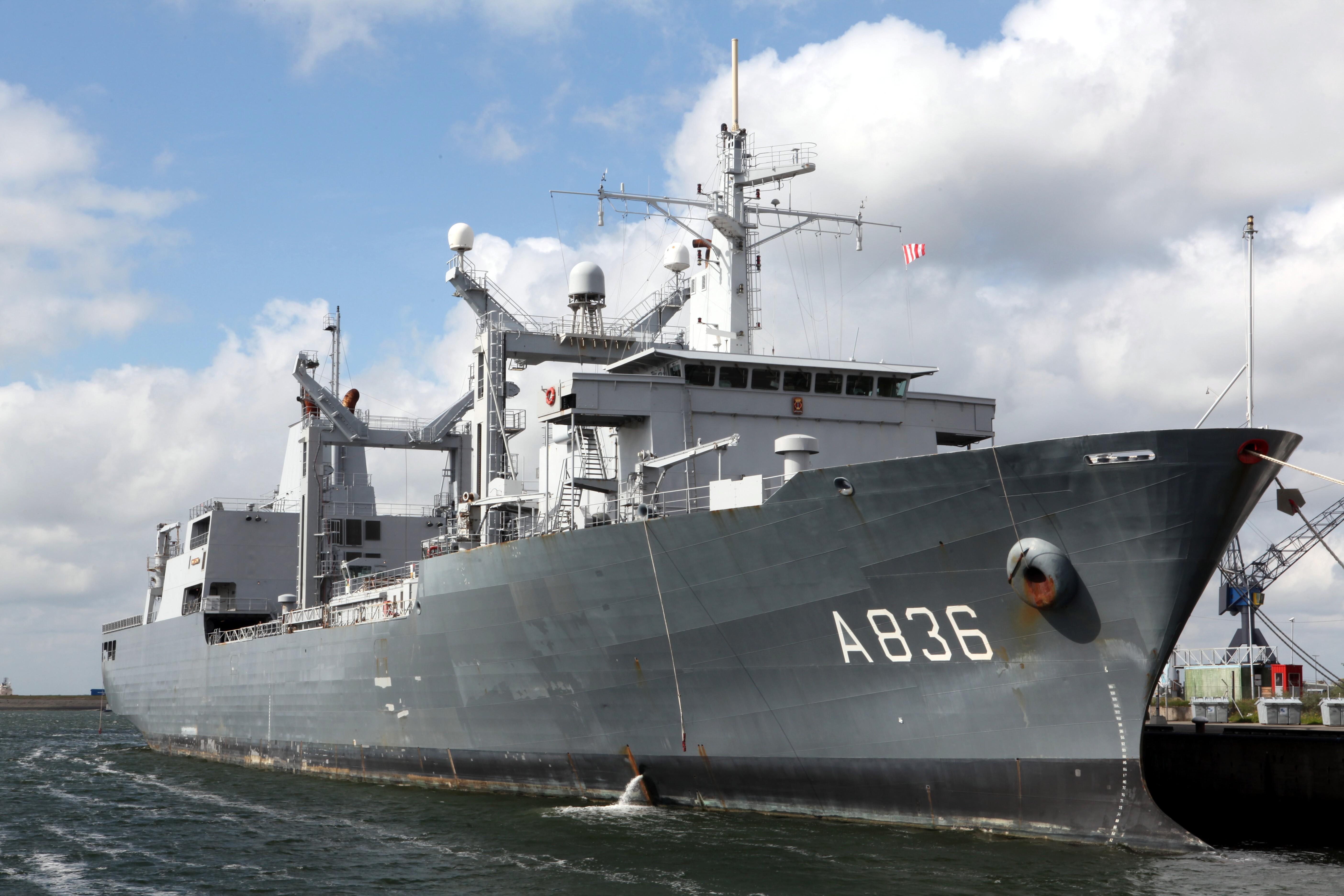 File:HNLMS Amsterdam A 836 (1).jpg