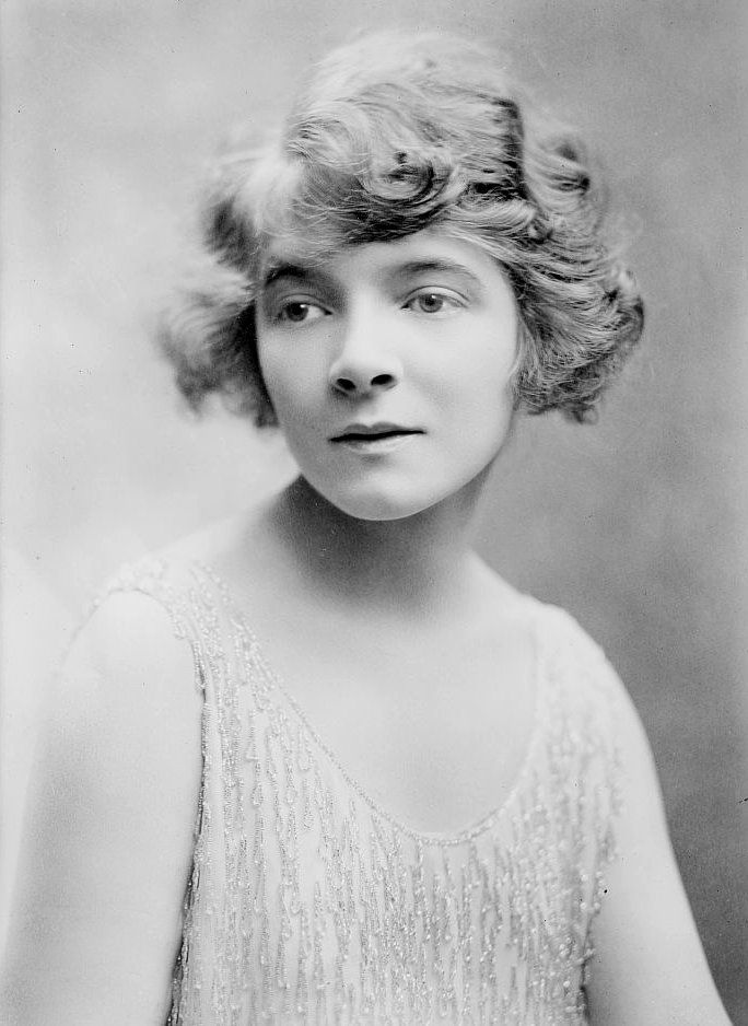 Depiction of Helen Hayes