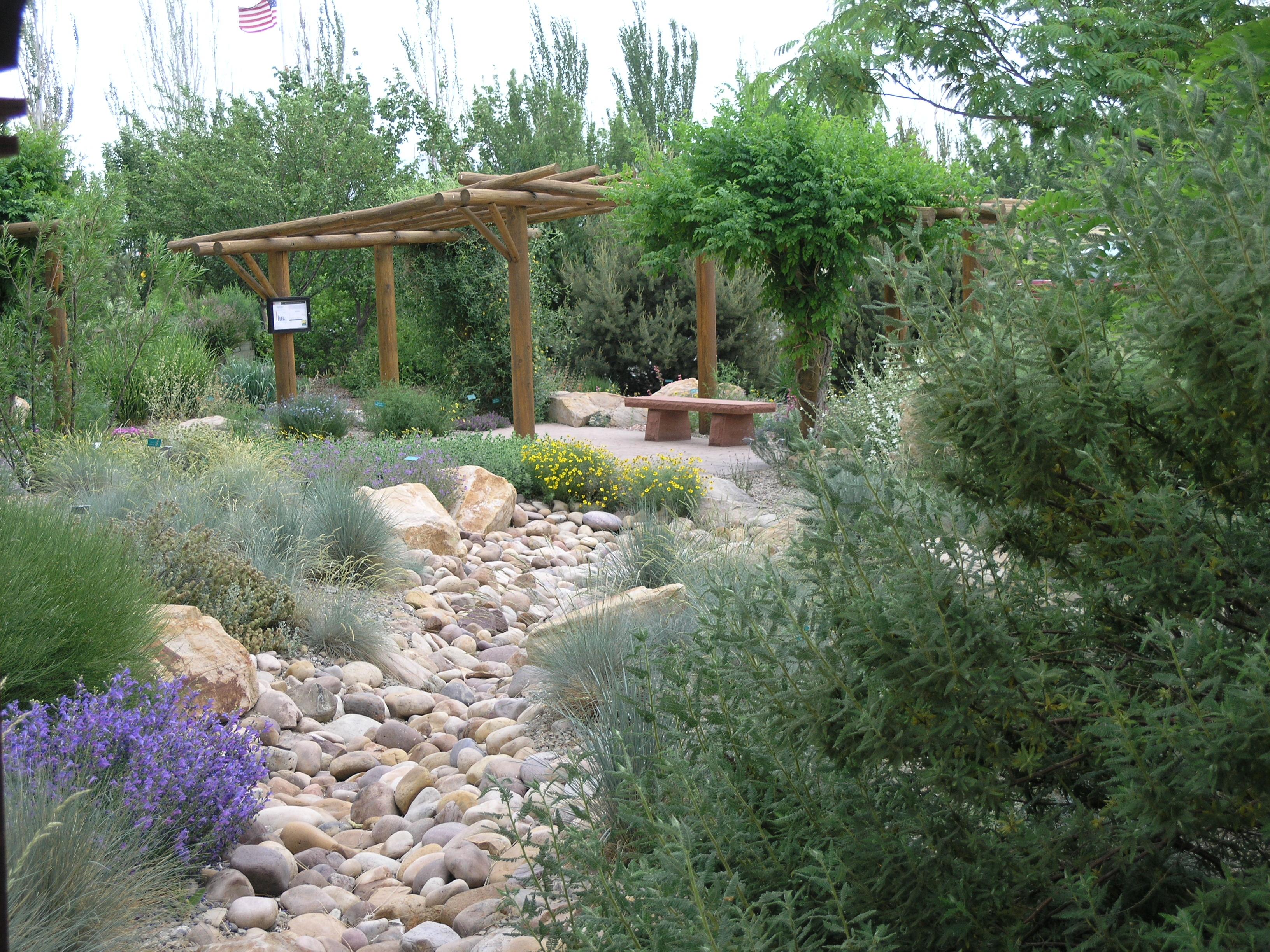 File high mountain desert riverbed june 5 wikimedia commons - Mountain garden landscaping ideas ...