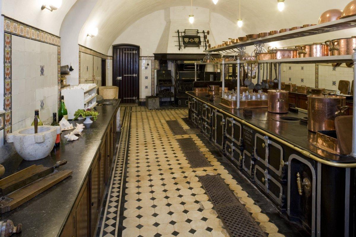 File interieur kelder overzicht oude keuken ruimte s36 for Interieur keuken