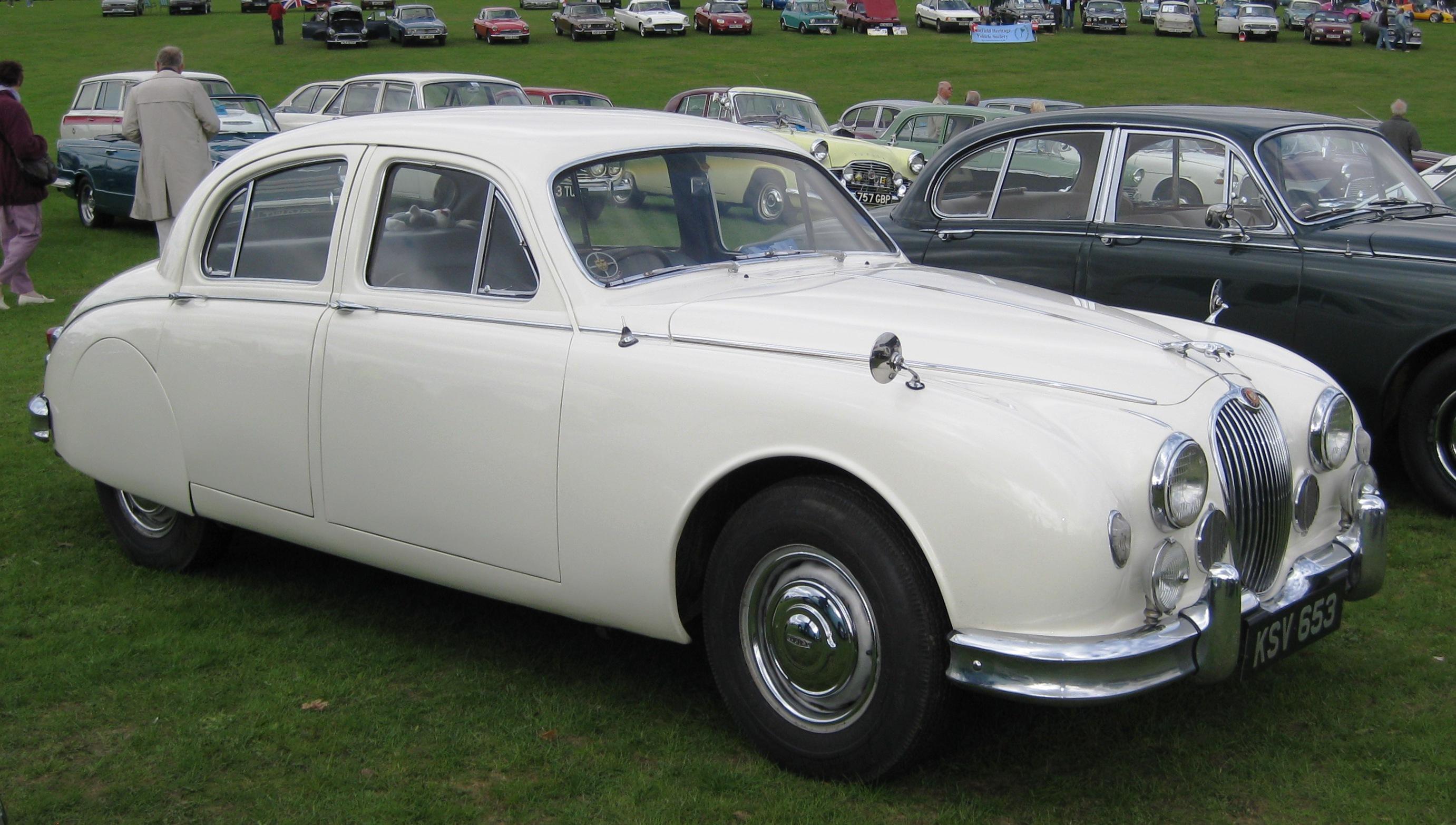 File Jaguar Mark I 2400cc 1959 Jpg Wikimedia Commons