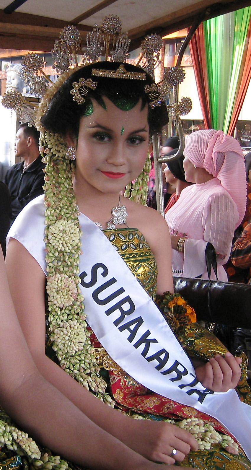 Surakarta dating