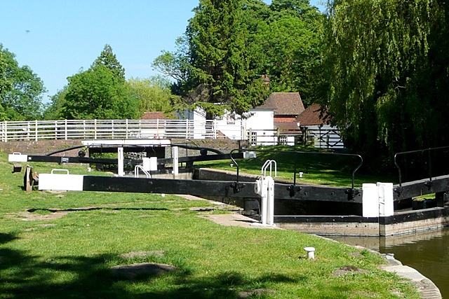 Kintbury Lock - geograph.org.uk - 1340752