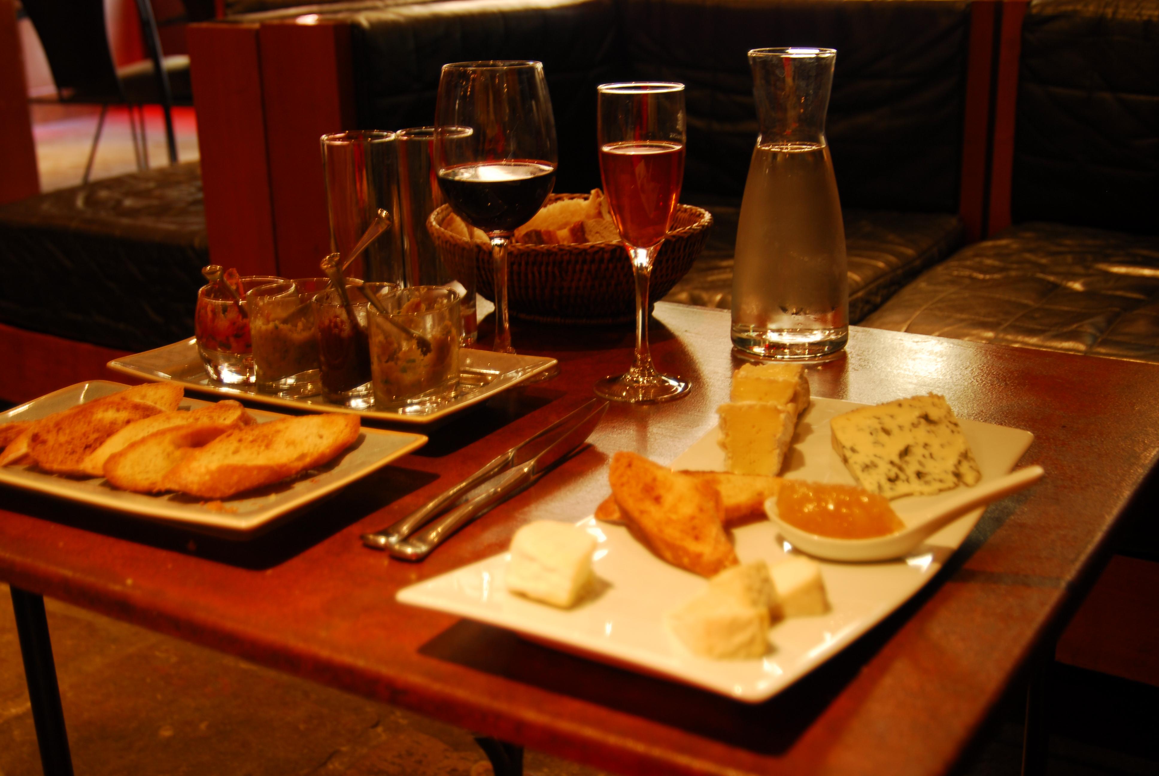 Caf Ef Bf Bd Bar La Belle Epoque Rue Saint Denis Angers