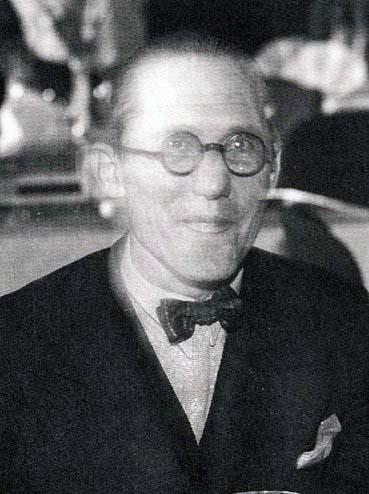 Archivo:Le Corbusier 1933.JPG