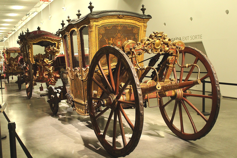 File:Lisbon, Museu Nacional dos Coches, coach of D. Pedro II.JPG -  Wikimedia Commons