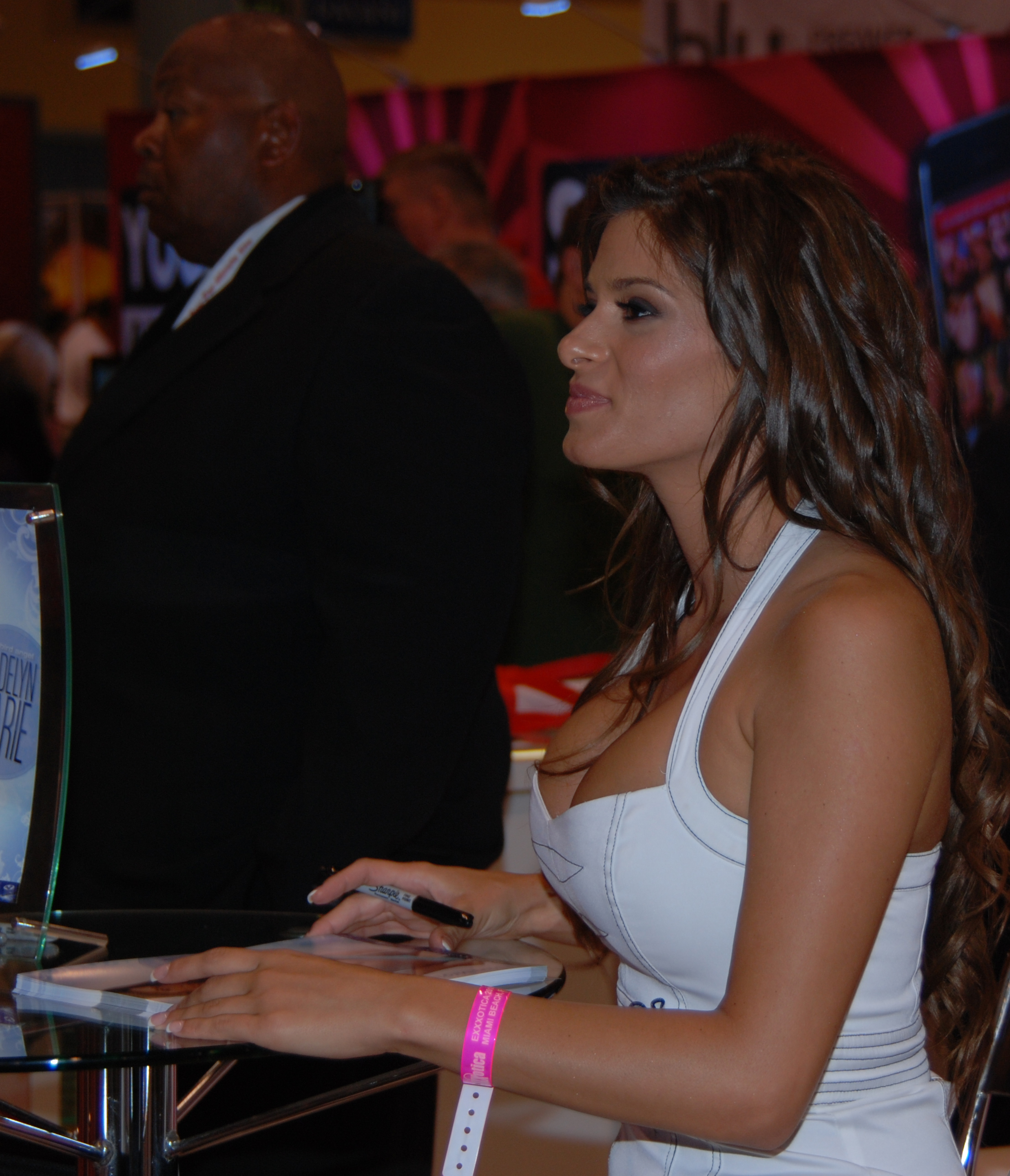 Filemadelyn Marie At Exxxotica Miami 2010 Jpg