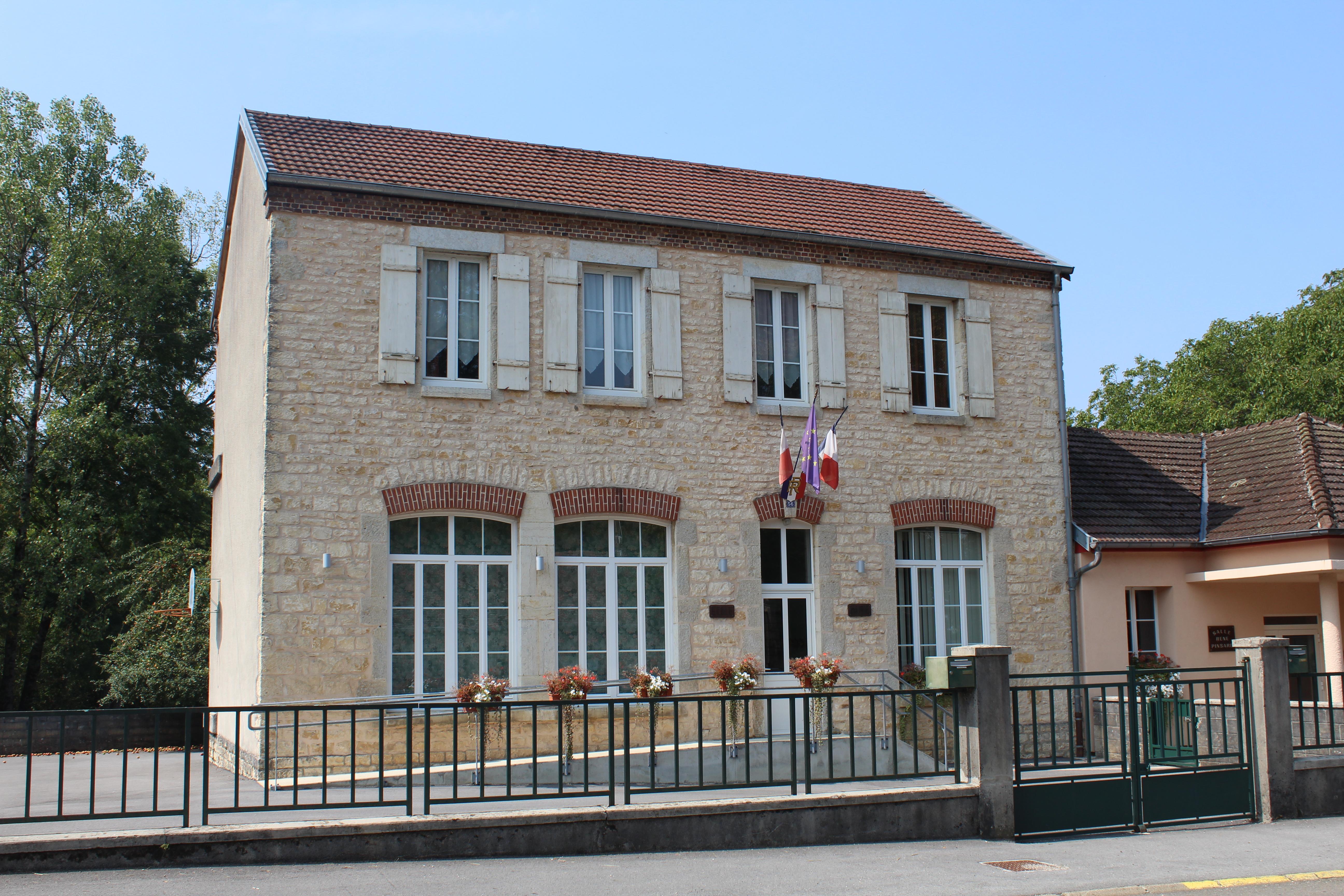 La Maison Du Bois Clairvaux pagnoz - wikipedia