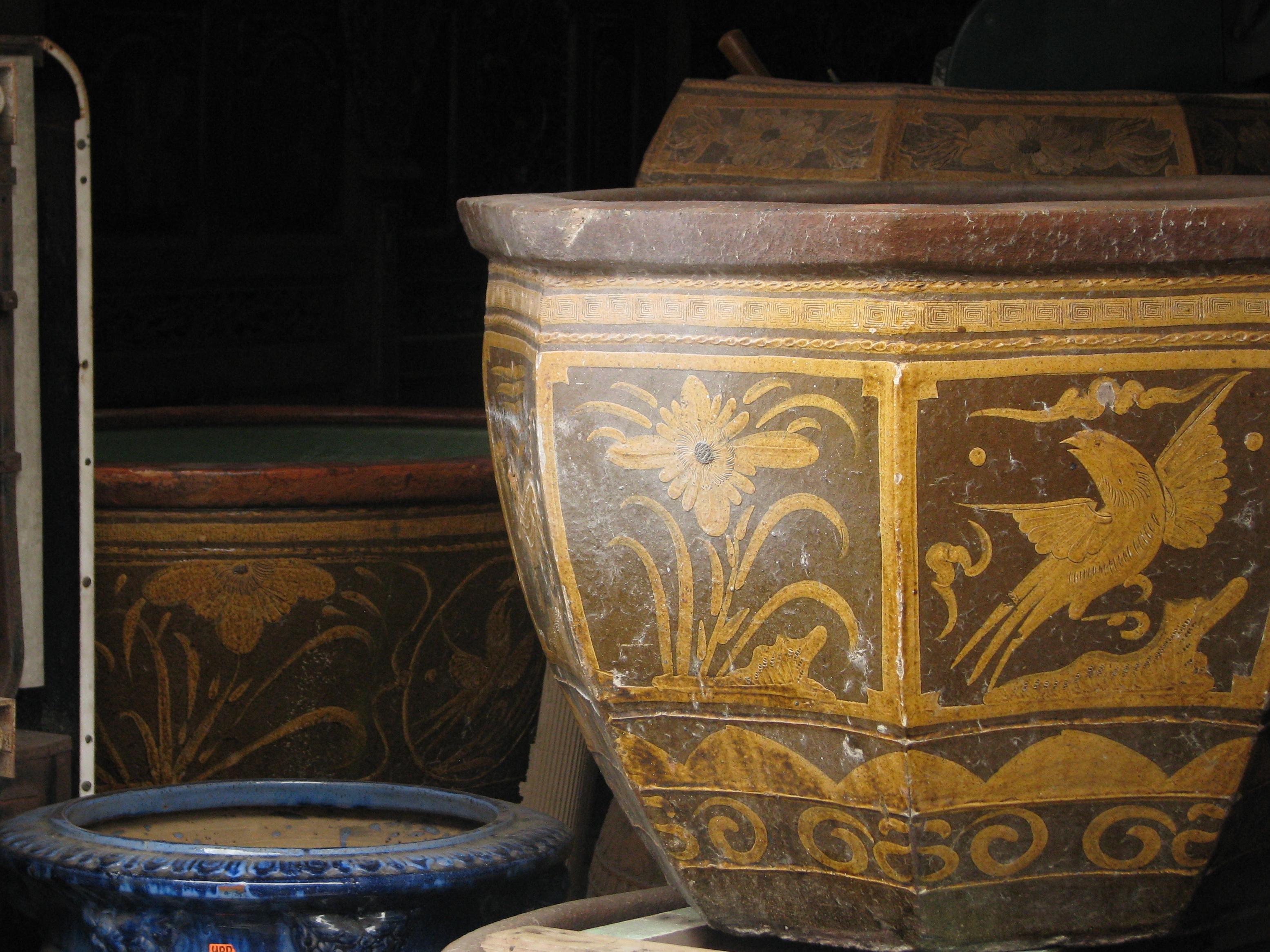 File:Malaysia - Malaka - 09 - antiques for sale (6320798242).jpg ...