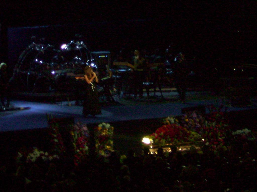 Mariah Carey cantando «I'll Be There» en el funeral público de Jackson.