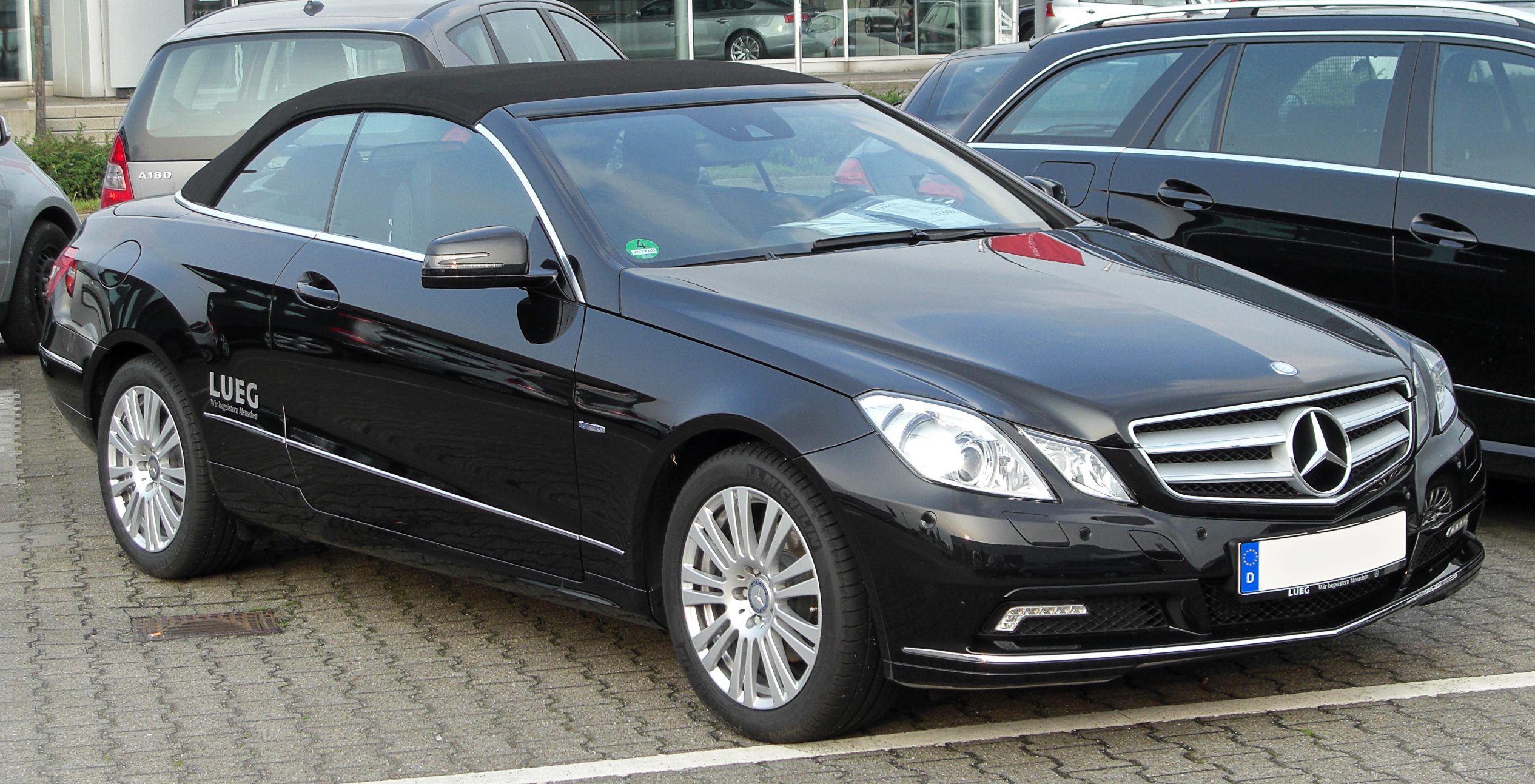 file mercedes e 250 cgi blueefficiency cabriolet a207 front. Black Bedroom Furniture Sets. Home Design Ideas