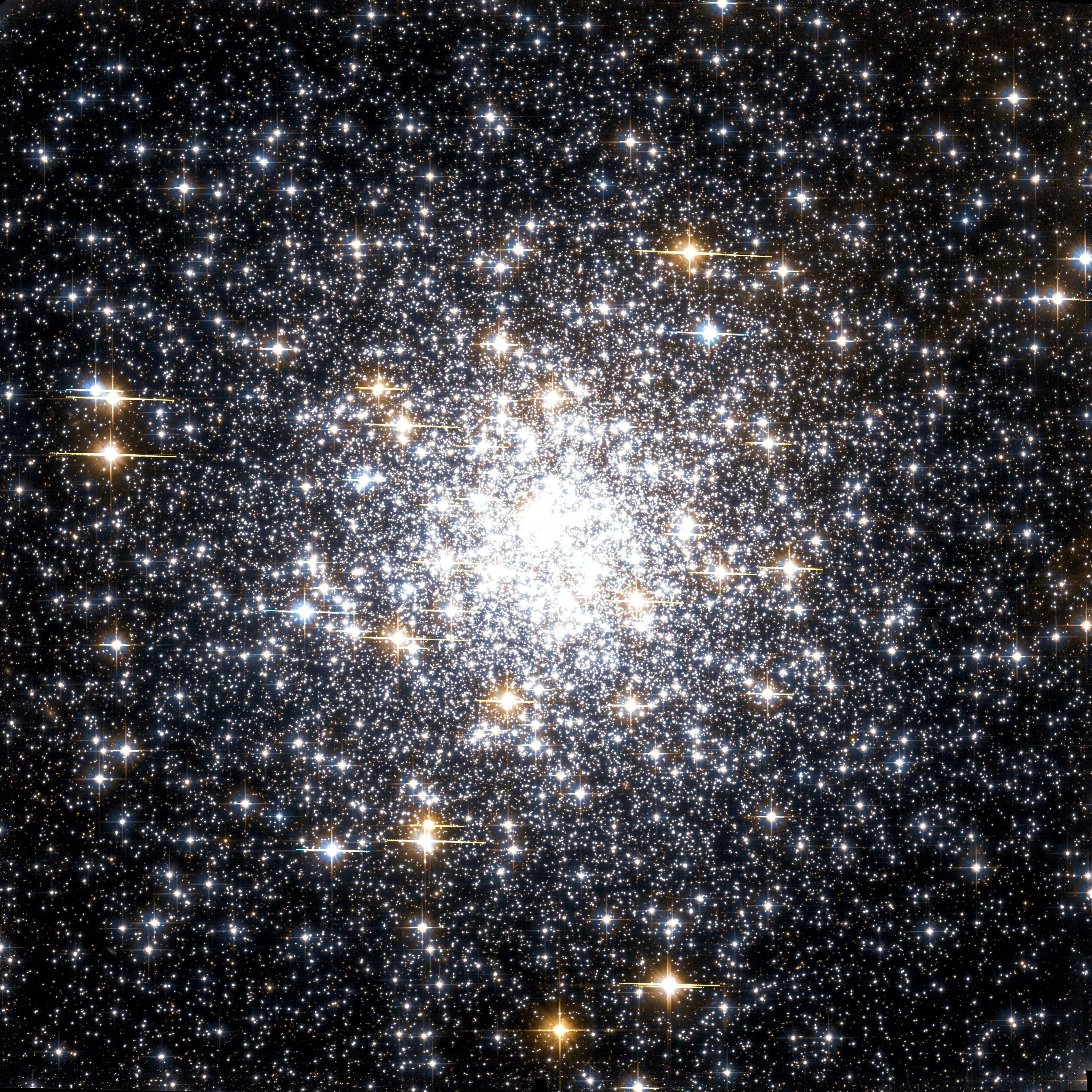 Messier 69 Hubble WikiSky.jpg