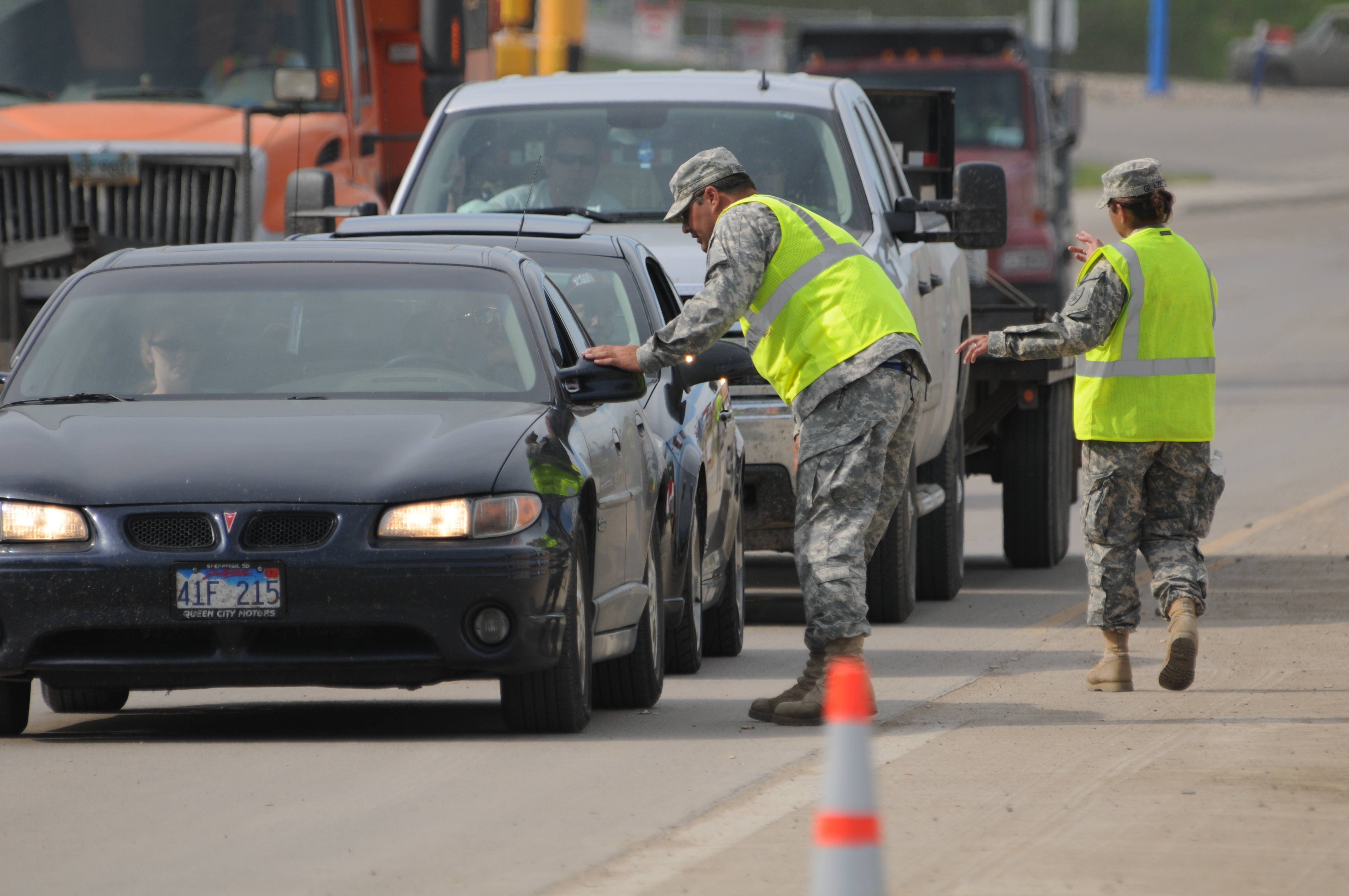 Military helping to keep critical flood route open in Minot (Image 5 of 7) (1).jpg