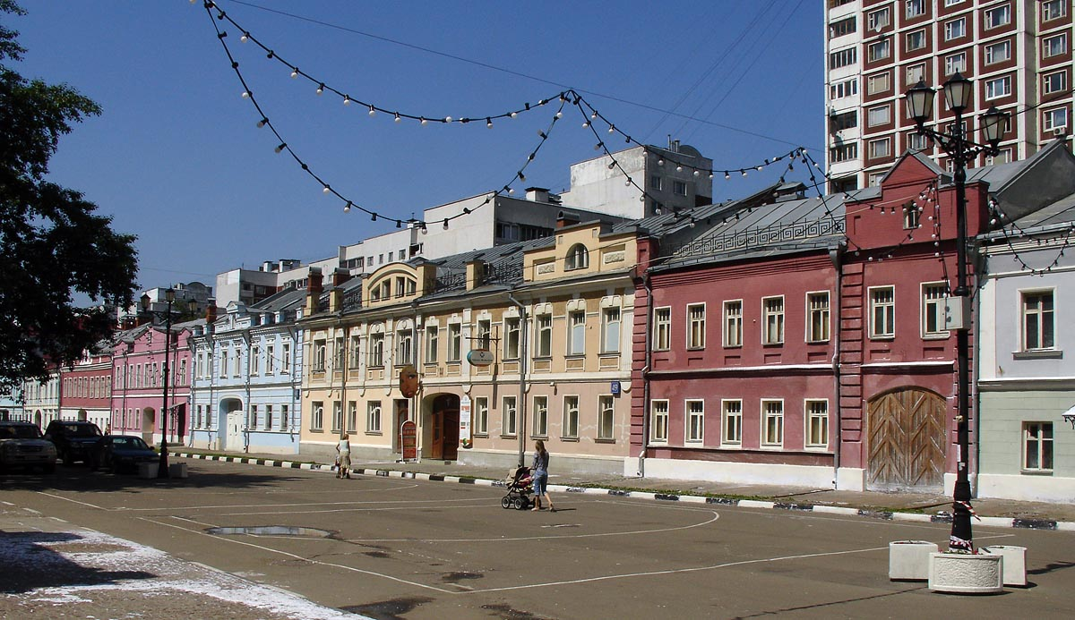Удар в спину российской реставрации