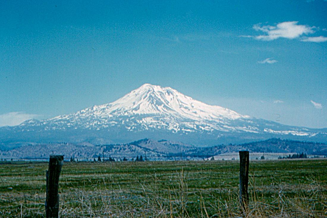 Mount Shasta California File Mount Shasta California