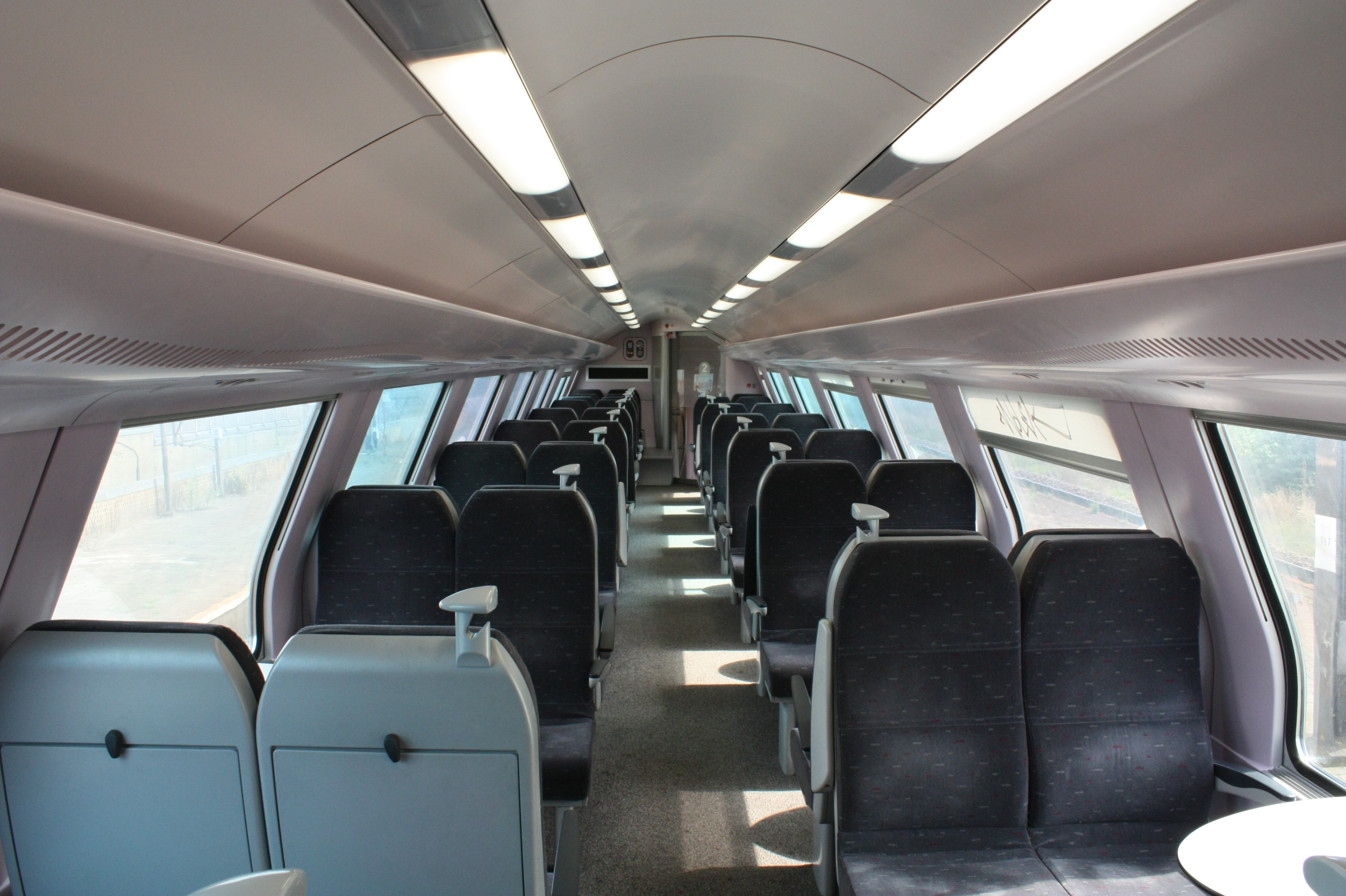 File nmbs m6 wikimedia commons for Interieur wikipedia