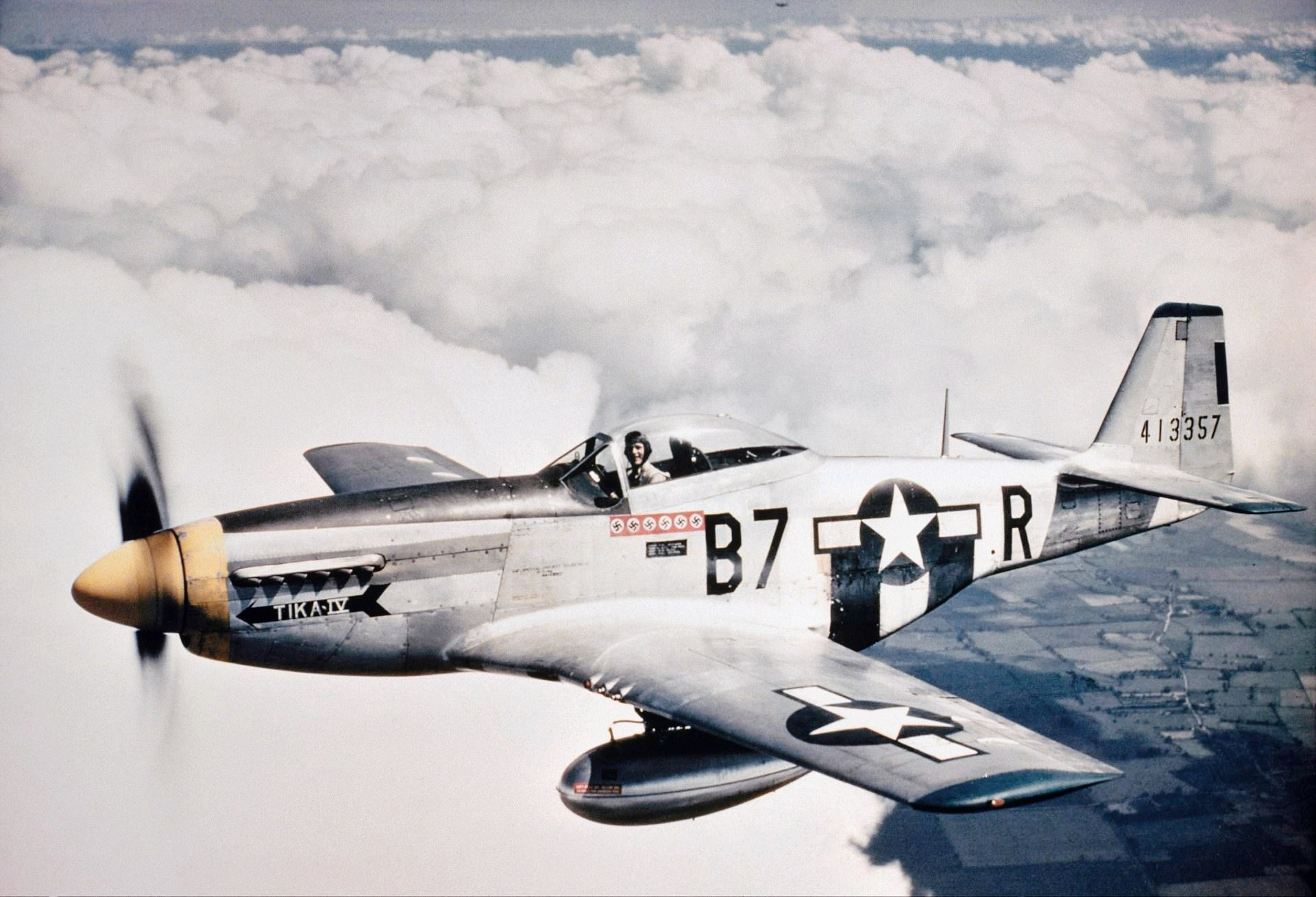 the contribution of the p 51 mustang to the victory of the allies in europe The wing took part in allied exercises over europe and north africa and  driven p-51 mustang fighters  victory by a meteor, but three australian.