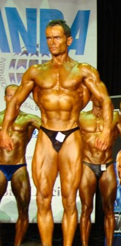 How To Teach bodybuilding com store Better Than Anyone Else