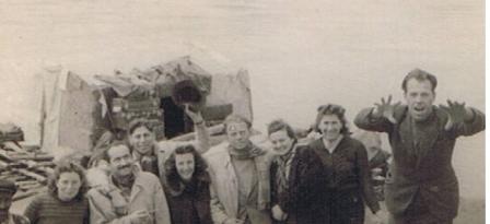 רפסודה על  החידקל 1941