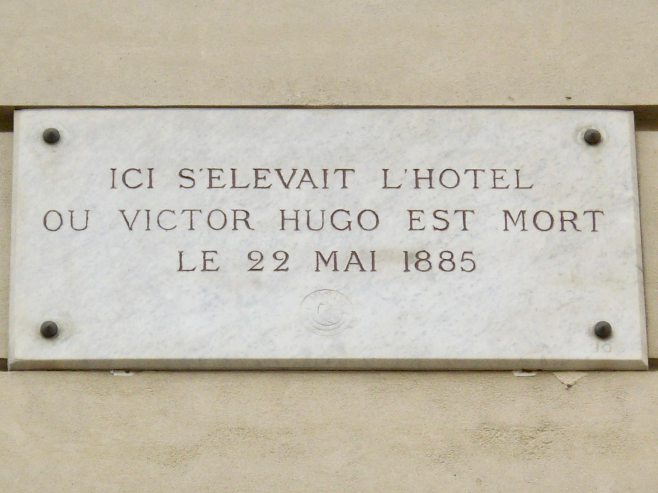File plaque victor hugo 124 avenue victor hugo paris wikimedia com - Hotel victor hugo paris 16 ...