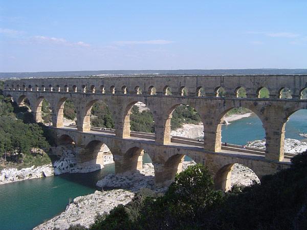 File:Pont du gard.jpg