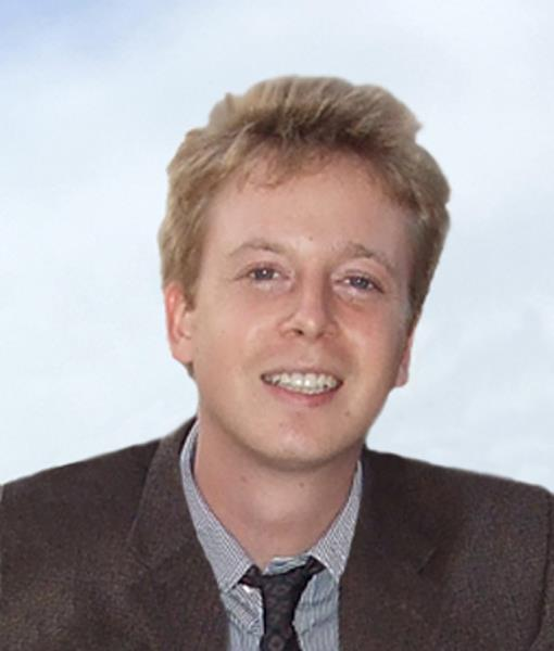File:Portrait of Barrett Brown.jpg