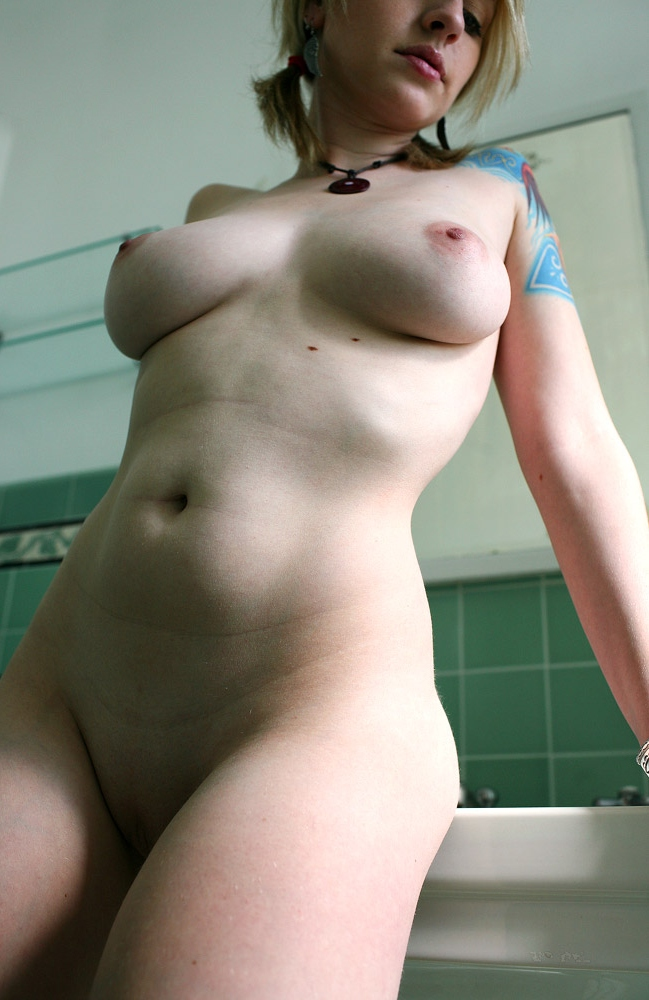 Curvy naked blondes