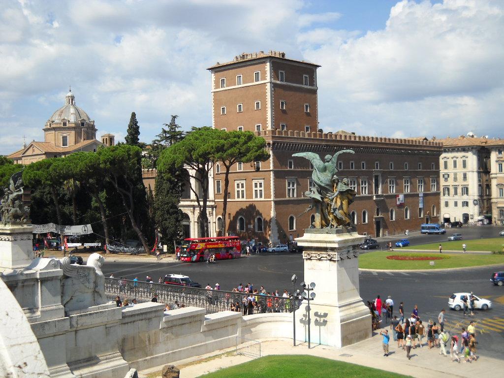 Via Villa San Secondo Roma