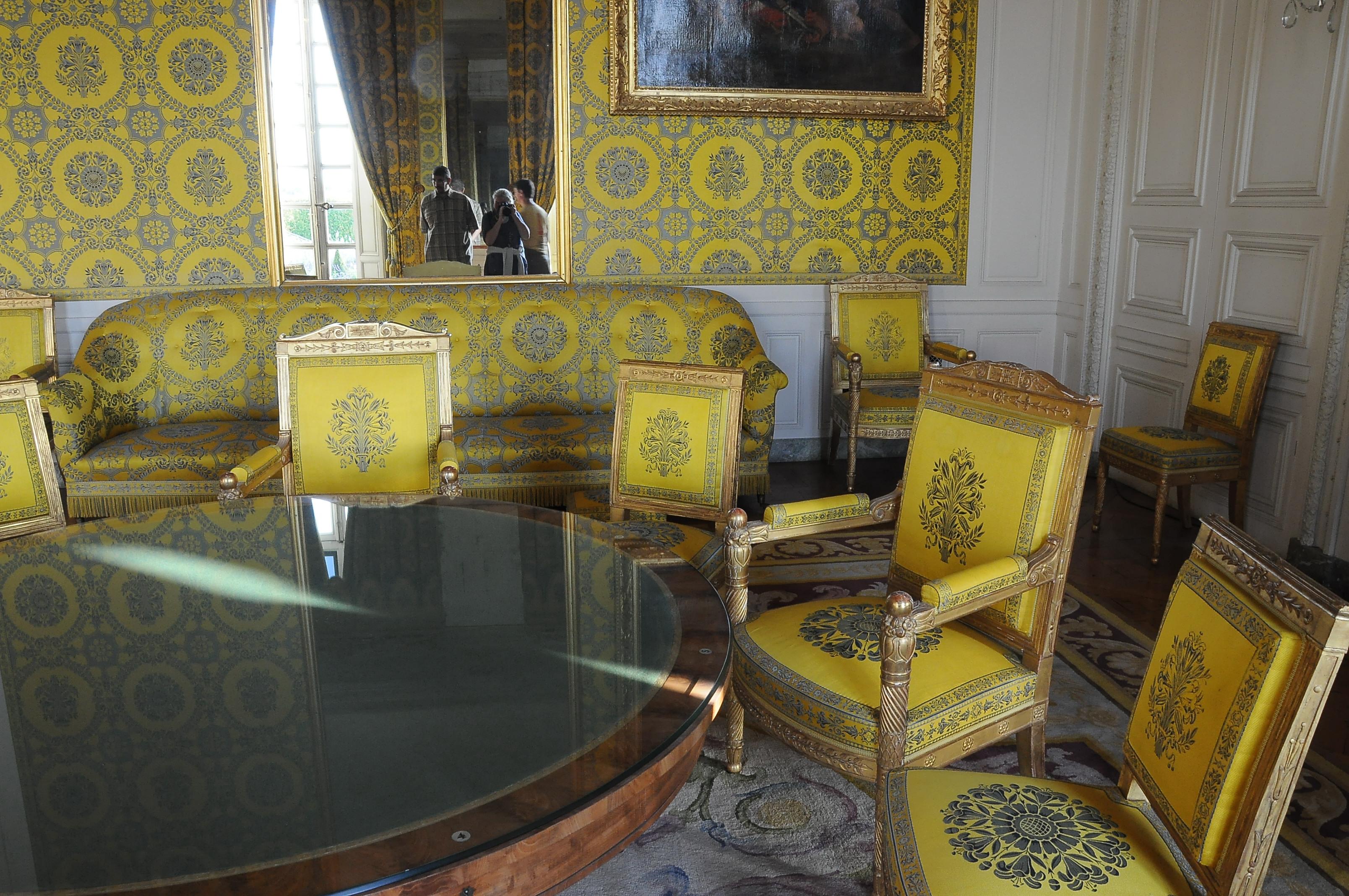 File salon of louis philippe family in the grand trianon for Salon louis philippe