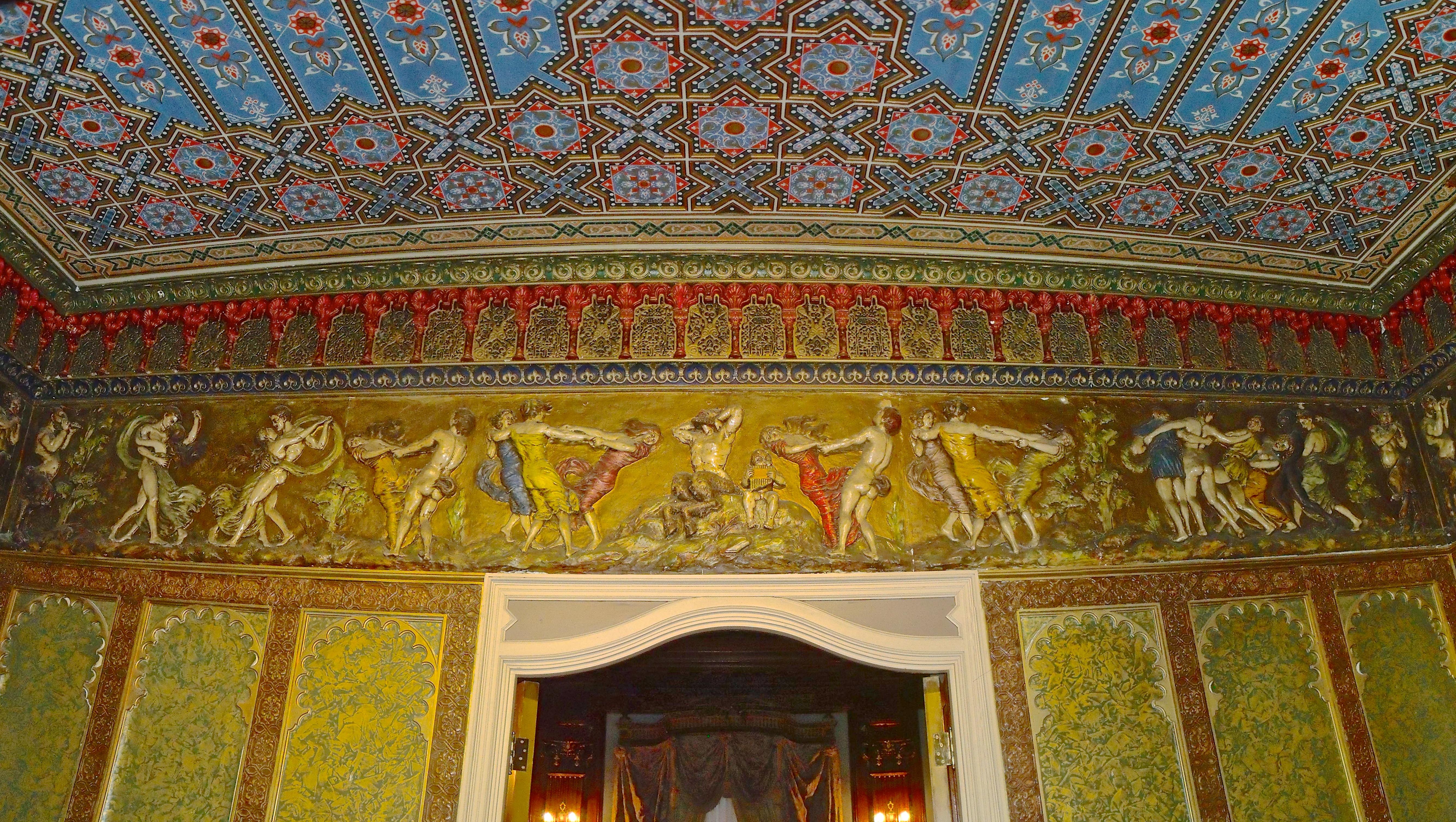 File:Salon turc (Château Dufresne) 87.jpg - Wikimedia Commons