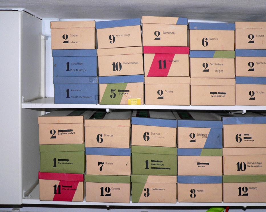 Schuhregal aus schuhkartons bauen  Schuhregal Aus Schuhkartons Bauen | legriff.com