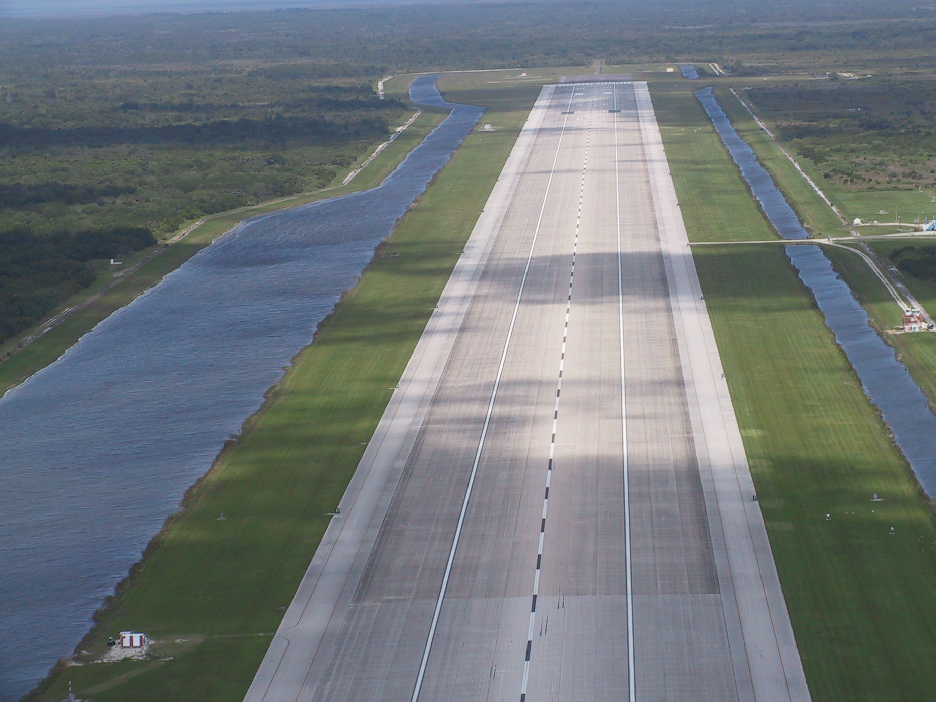 nasa shuttle facility muslim Complete aeronautical information about nasa shuttle landing facility (titusville, fl, usa), including location, runways, taxiways, navaids, radio frequencies, fbo .