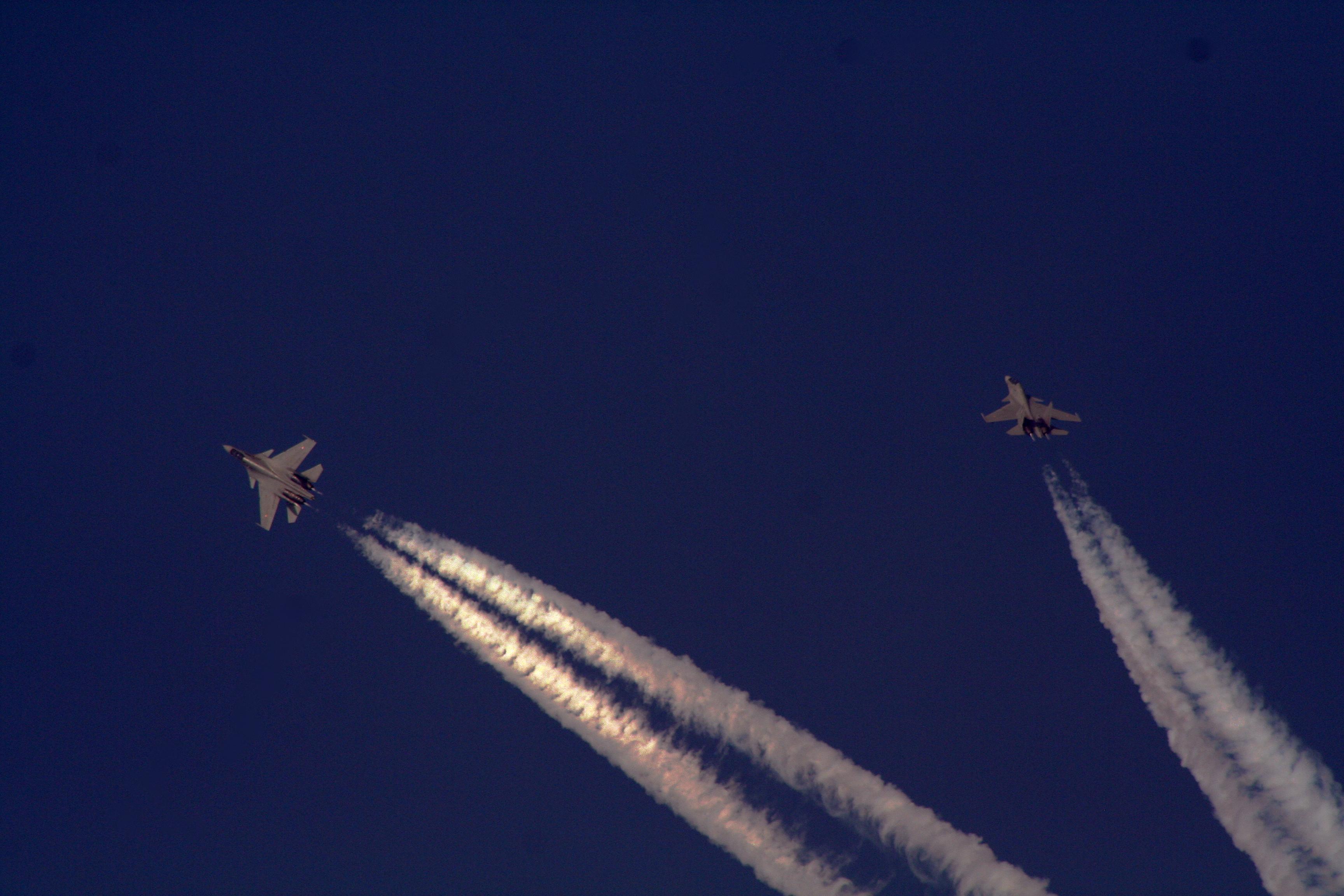 Air combat manoeuvring - Wikipedia