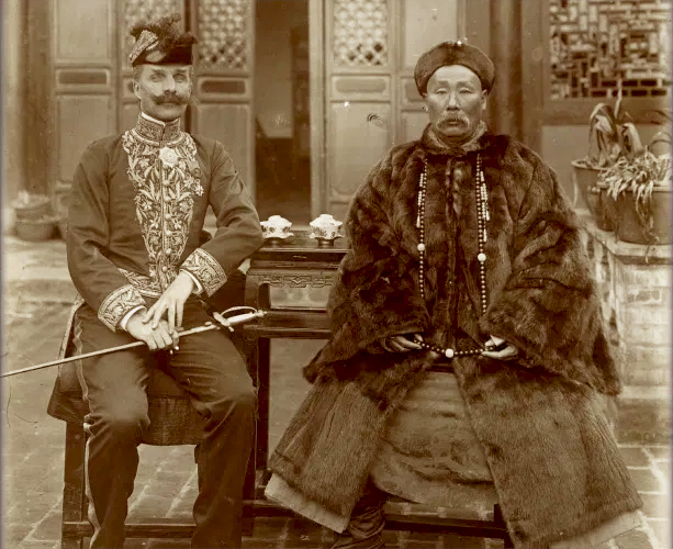 Su Yuanchun and Auguste Francois