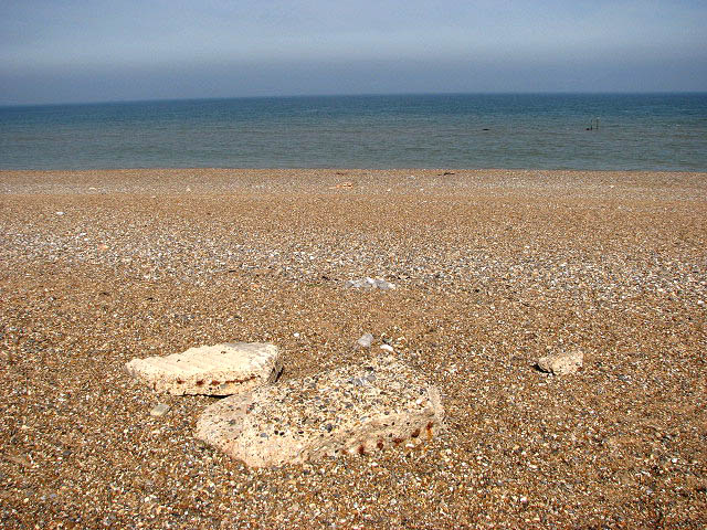 The beach at Cley Eye - geograph.org.uk - 980985