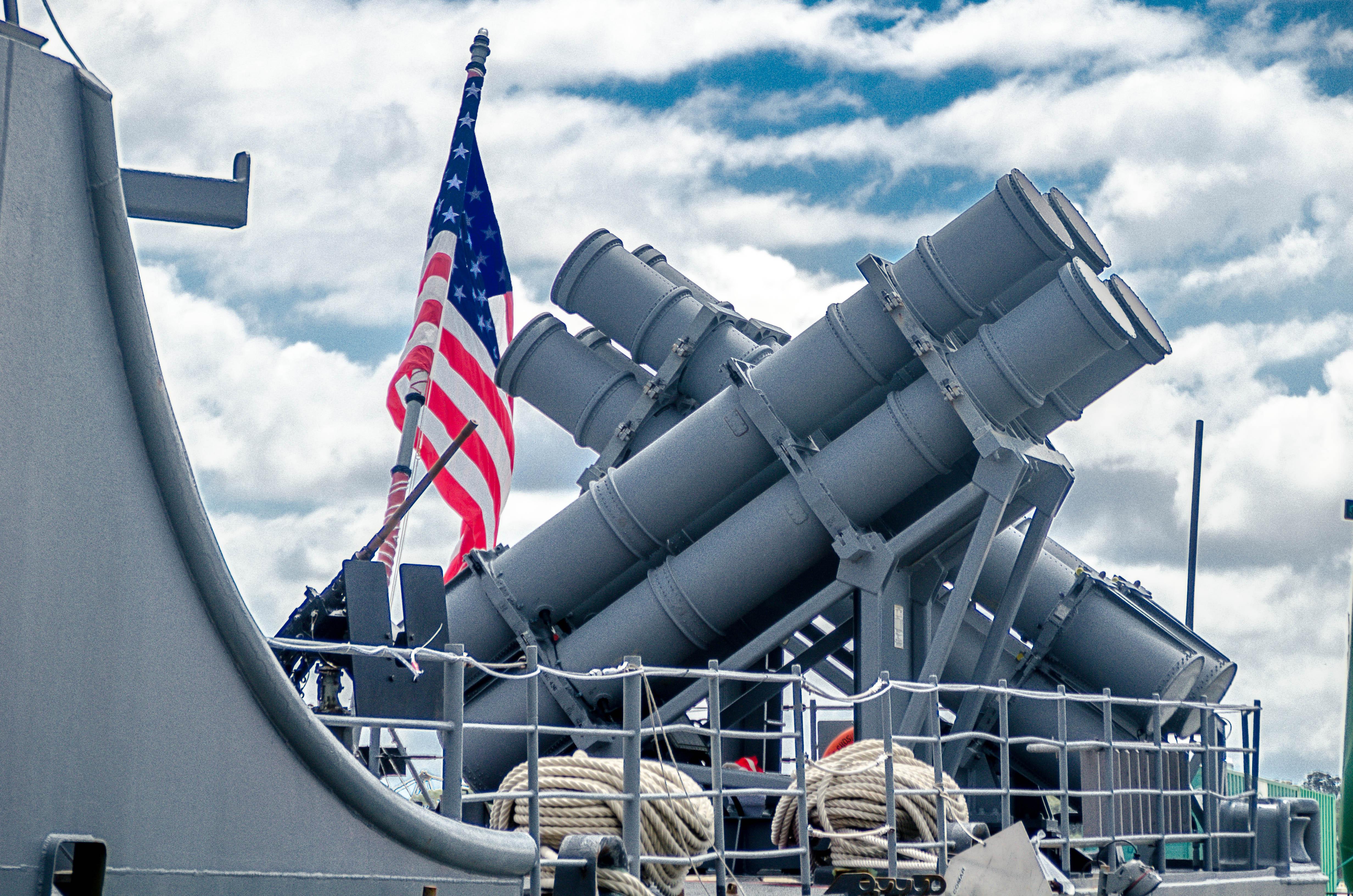 USS Chosin (CG-65) Mk 32 torpedo tubes (2)